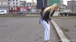 Elena - Desperate to pee