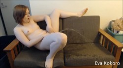 Eva Kay - Pissing all over the couch