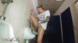 Wet-Kelly - Hard Pee Challenge in the Public Man Restroom