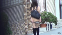 JP-02 02 Beautiful Japanese girls urinating in the narrow alley. (Uncensored)