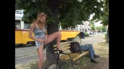 Extreme Public Piss Girls 008