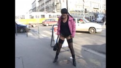 Extreme Public Piss Girls 18