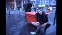 Extreme Public Piss Girls 25