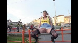 Extreme Public Piss Girls 29