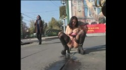 Extreme Public Piss Girls 002